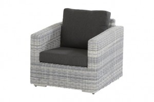 4 Seasons Outdoor Edge living chair