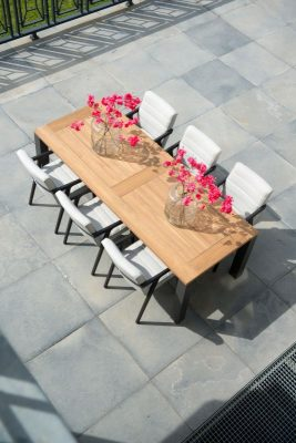 4 Seasons Outdoor Aragon dining set