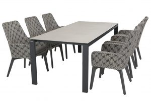 4 Seasons Outdoor Savoy dining chair batik with lafite table