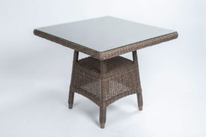 4 seasons outdoor wales tafel