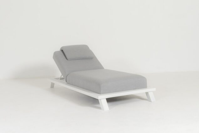 Flow. Crystal daybed lead chiné
