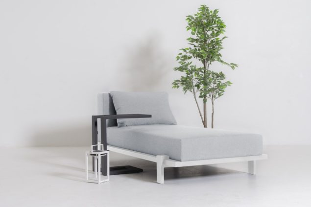 Flow. Sublime daybed Lead chine